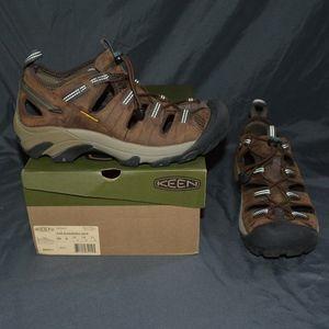 $121 Keen ARROYO II Sandals 9